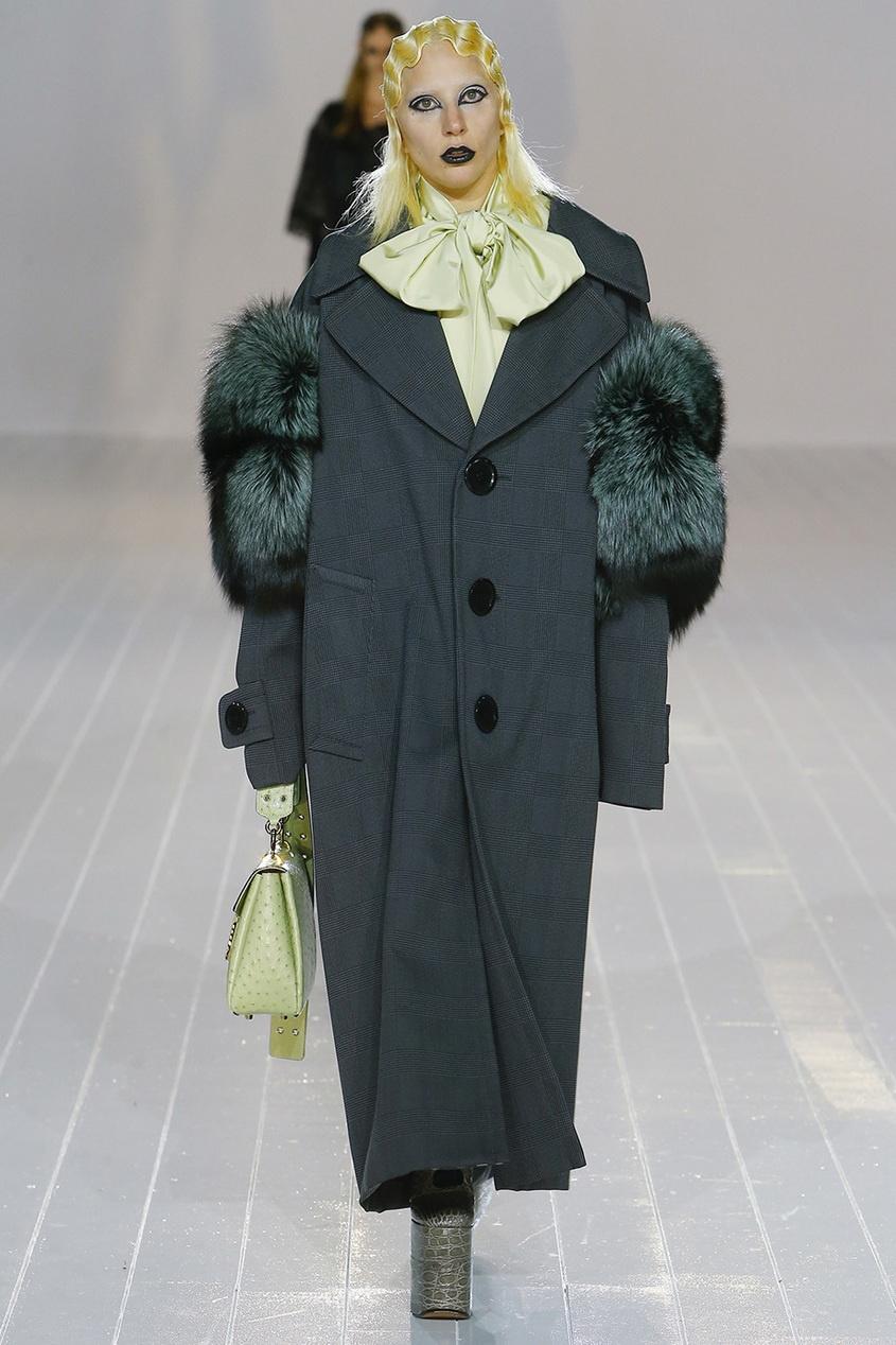 Marc Jacobs Пальто с мехом