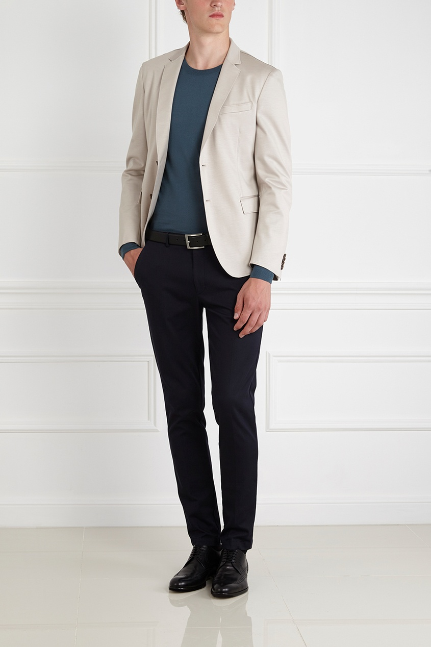 Фото 5 - Однотонный пиджак бежевого цвета