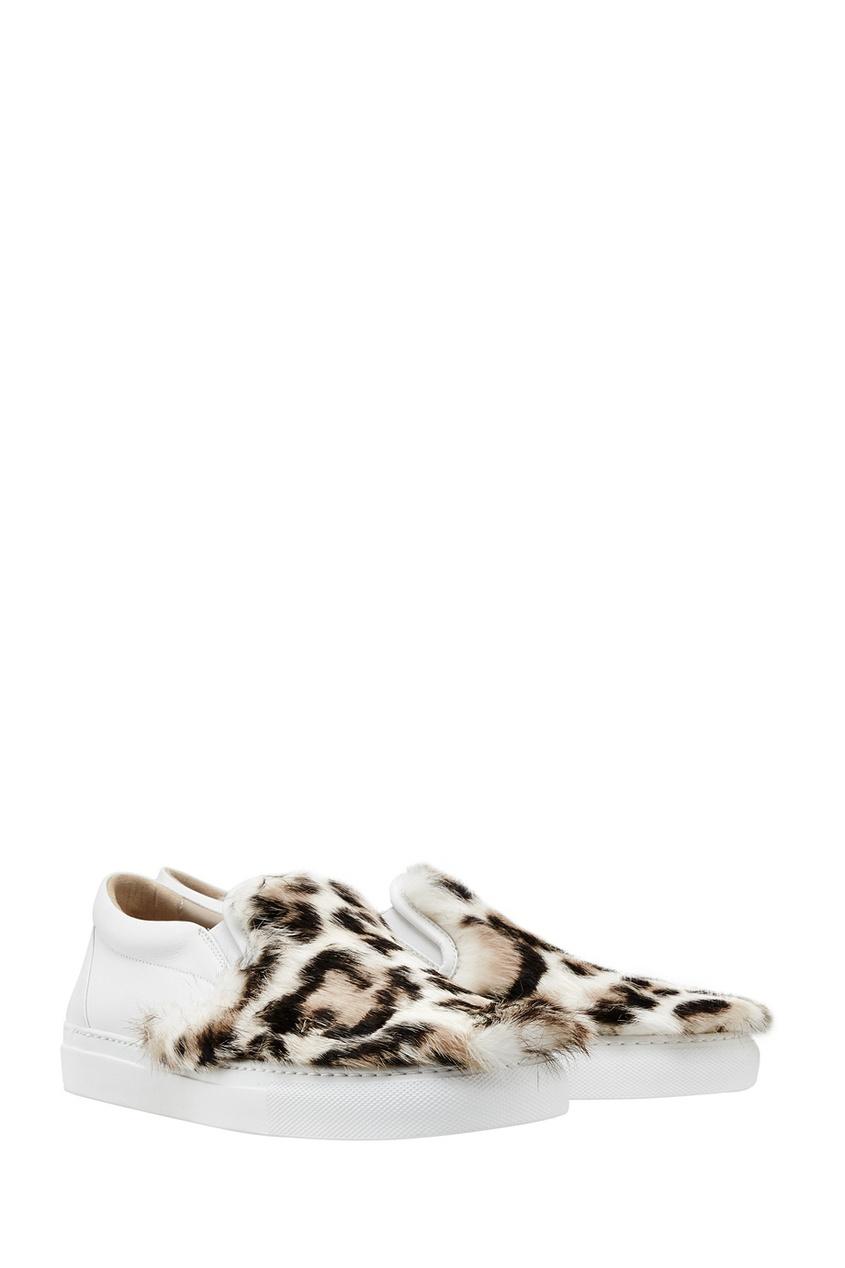 Фото 4 - Кожаные слипоны с мехом от Le Silla белого цвета