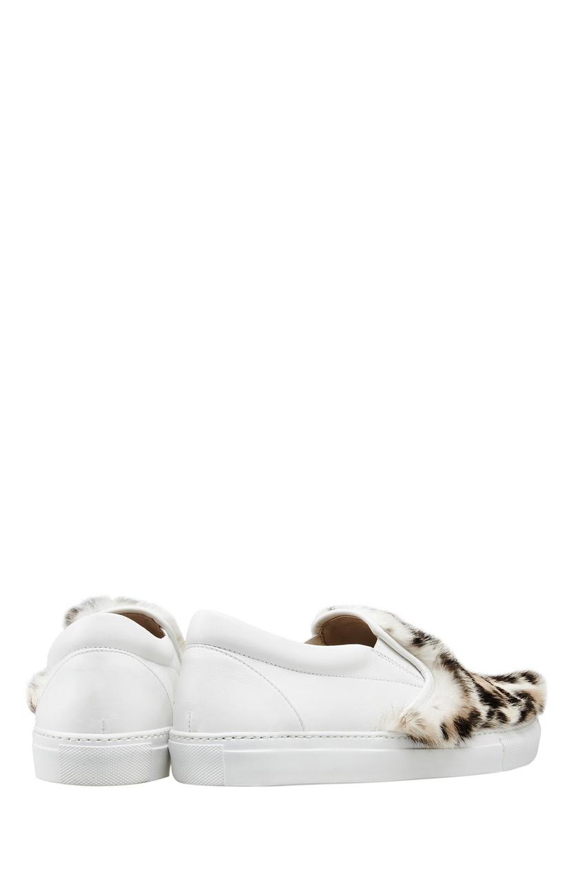 Фото 5 - Кожаные слипоны с мехом от Le Silla белого цвета