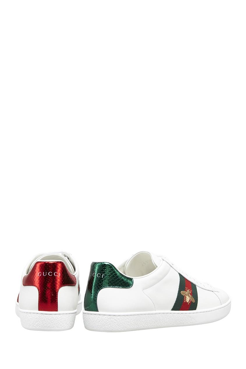 Фото 3 - Кожаные кеды с пчелой от Gucci белого цвета