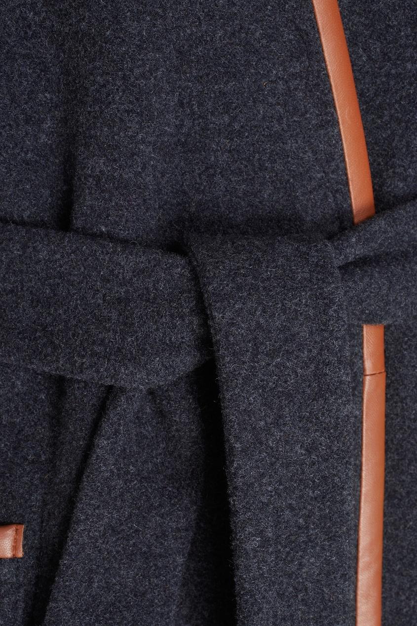 Фото 5 - Шерстяное двухстороннее пальто от Alena Akhmadullina коричневого цвета