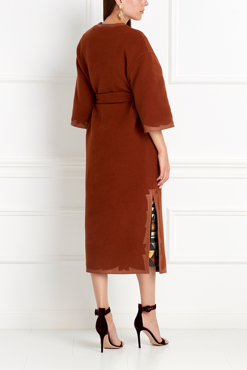 Фото 7 - Шерстяное двухстороннее пальто от Alena Akhmadullina коричневого цвета
