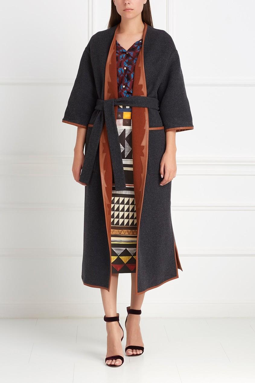 Фото 8 - Шерстяное двухстороннее пальто от Alena Akhmadullina коричневого цвета