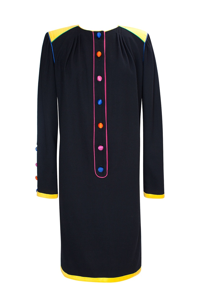 Темное платье с яркими вставками и пуговицами (80-е гг.)