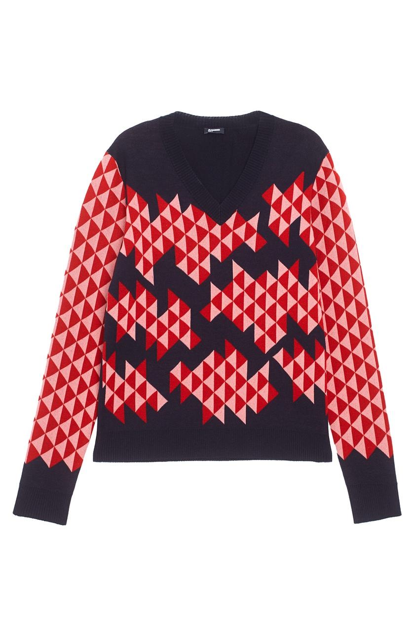 Шерстяной пуловер.