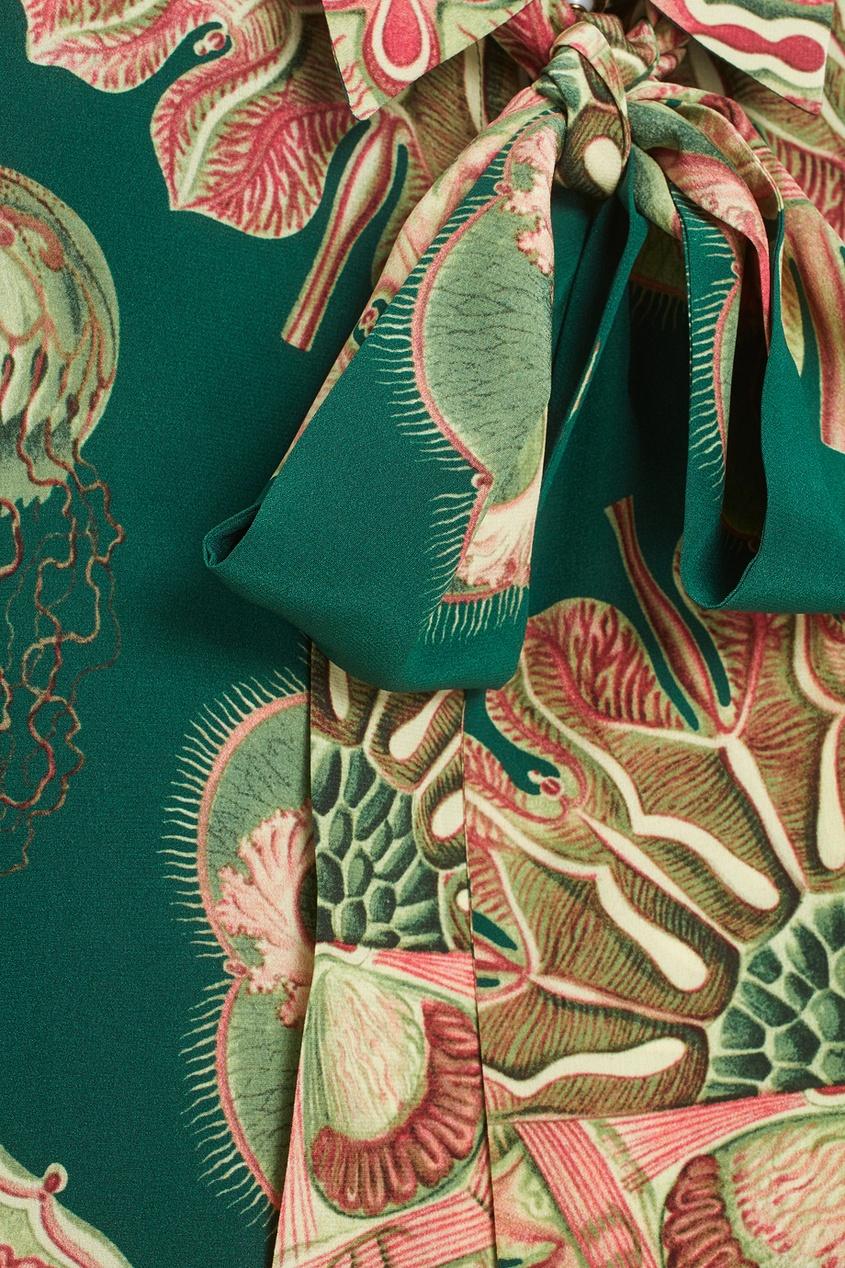 Фото 3 - Шелковое платье от Gucci цвет multicolor