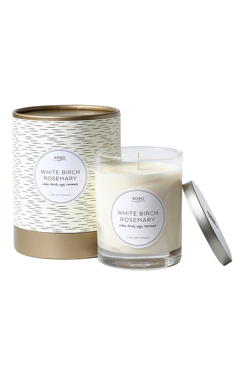 Фото 2 - Ароматическая свеча White Birch Rosemary, 312гр. от Kobo Candles бежевого цвета