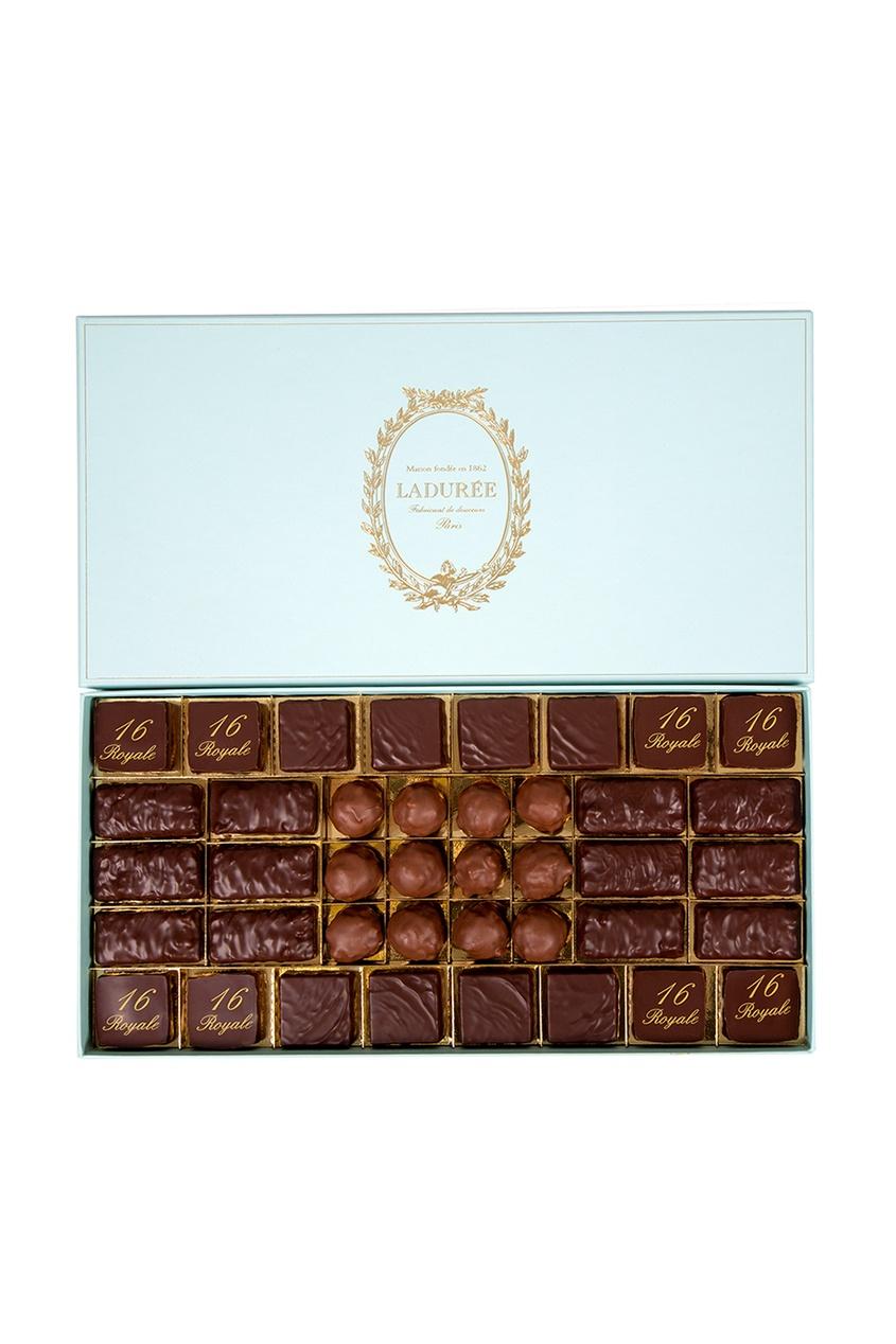 Набор из 40 шоколадных конфет в ассортименте