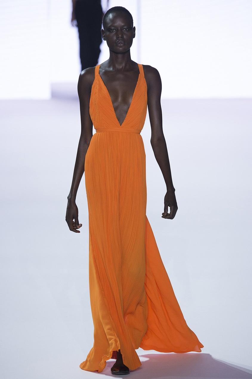 Плиссированное платье в пол