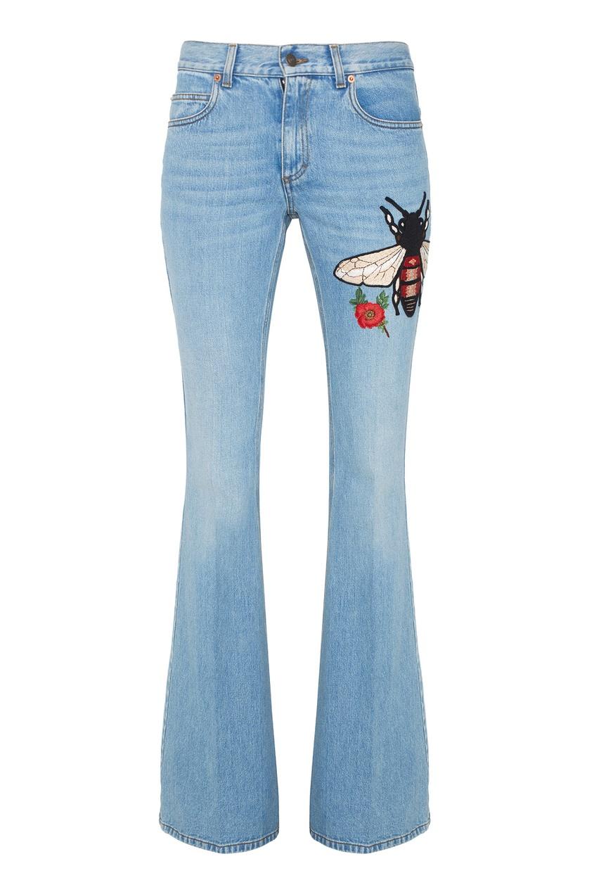 Расклешенные джинсы с вышивкой от AIZEL