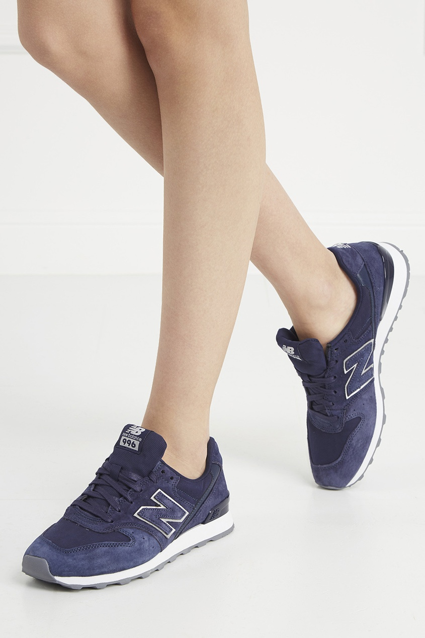 Замшевые кроссовки №996