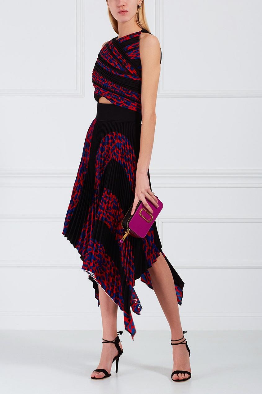 Платье с плиссе и драпировкой