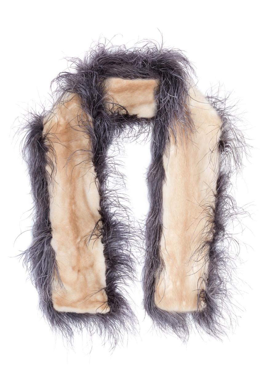 Шарф из меха норки и страусиных перьев от Prada