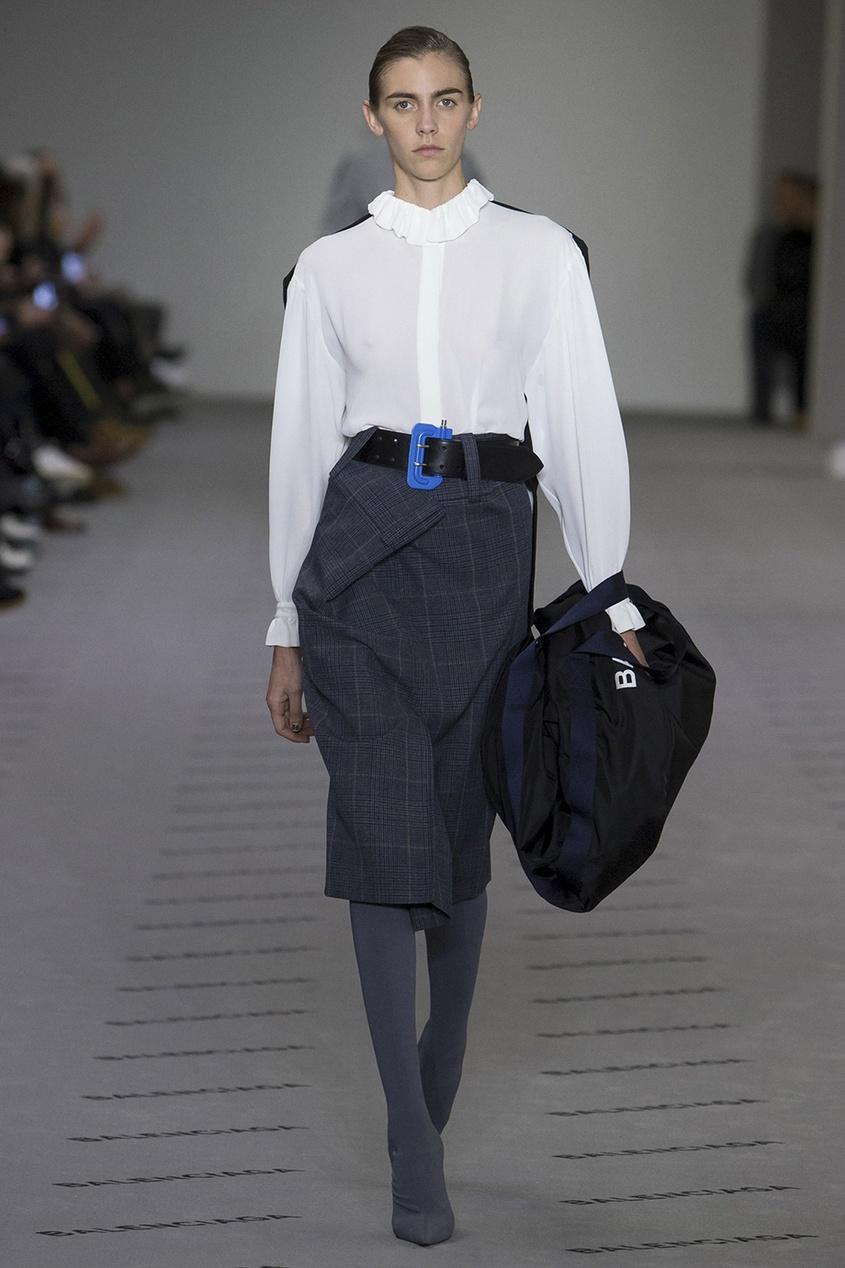 Balenciaga Однотонная блузка блузки lo блузка