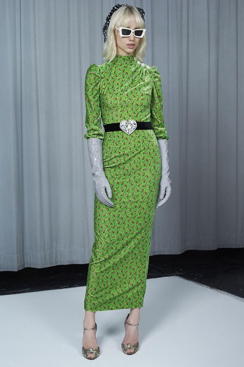 Бархатное платье с цветочным принтом