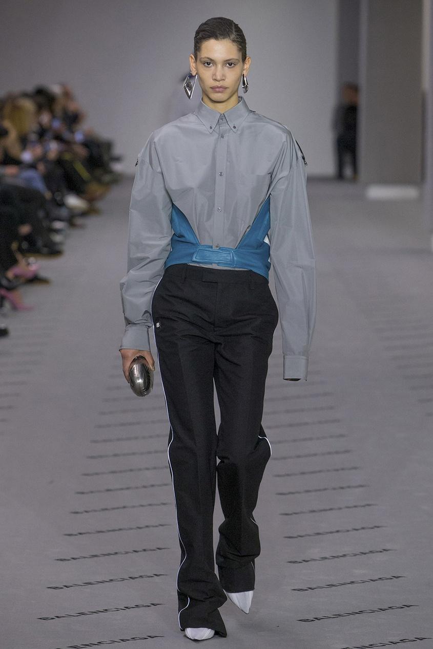 Balenciaga Комбинированная блузка balenciaga шелковая блузка с монограммами