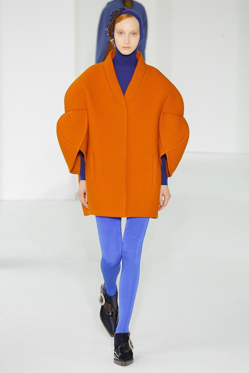 Пальто-кокон с широкими рукавами