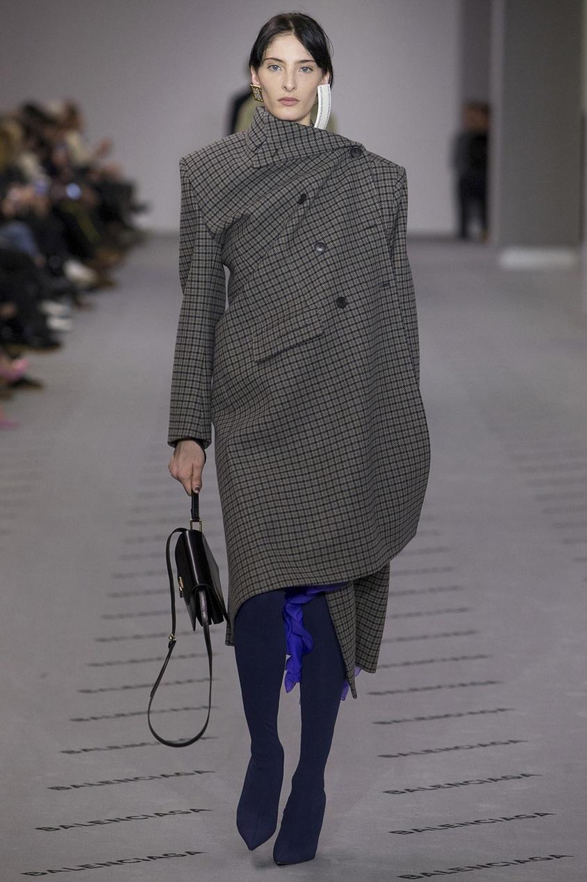 Balenciaga Шерстяное пальто в клетку