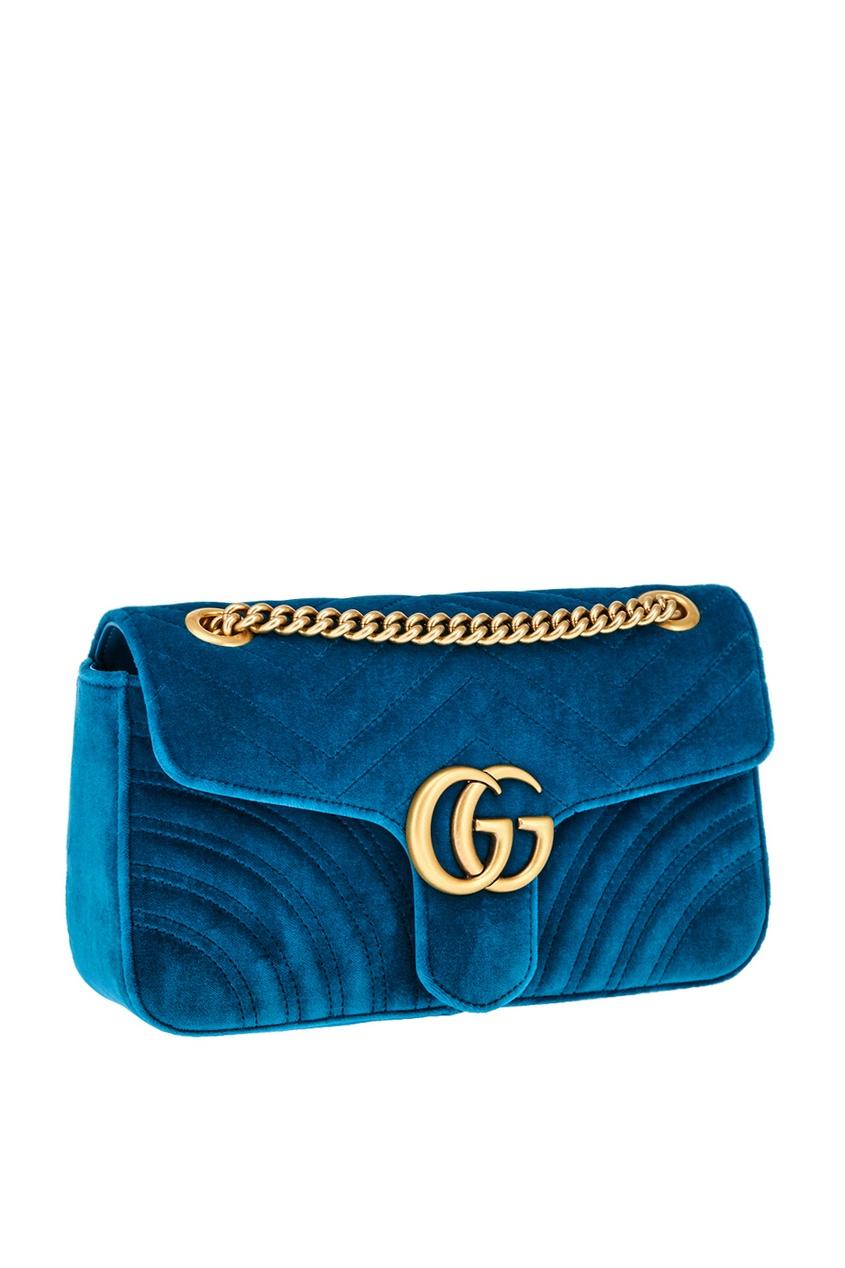 Фото 2 - Бархатная сумка GG Marmont от Gucci синего цвета