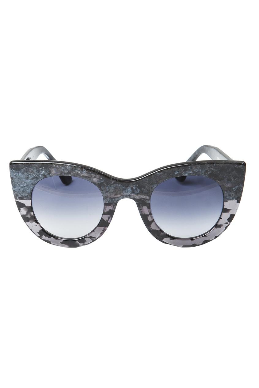 Солнцезащитные очки в темной оправе Orgasmy