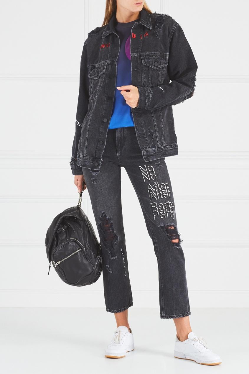 Джинсовая куртка с потертым эффектом