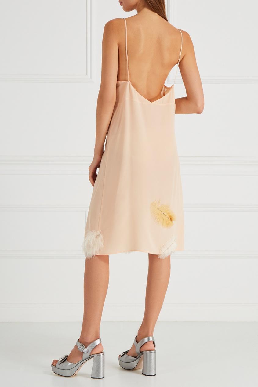 Шелковое платье-комбинация с перьями от Miu Miu
