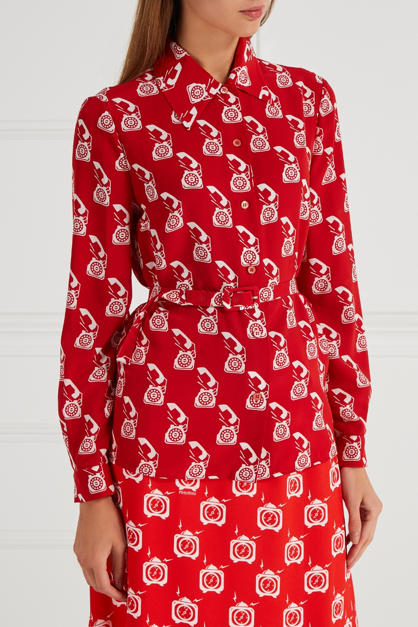 Шелковая блузка с поясом