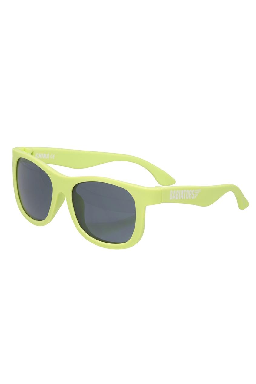 Babiators Зеленые солнцезащитные очки солнцезащитные очки с защитой от царапин