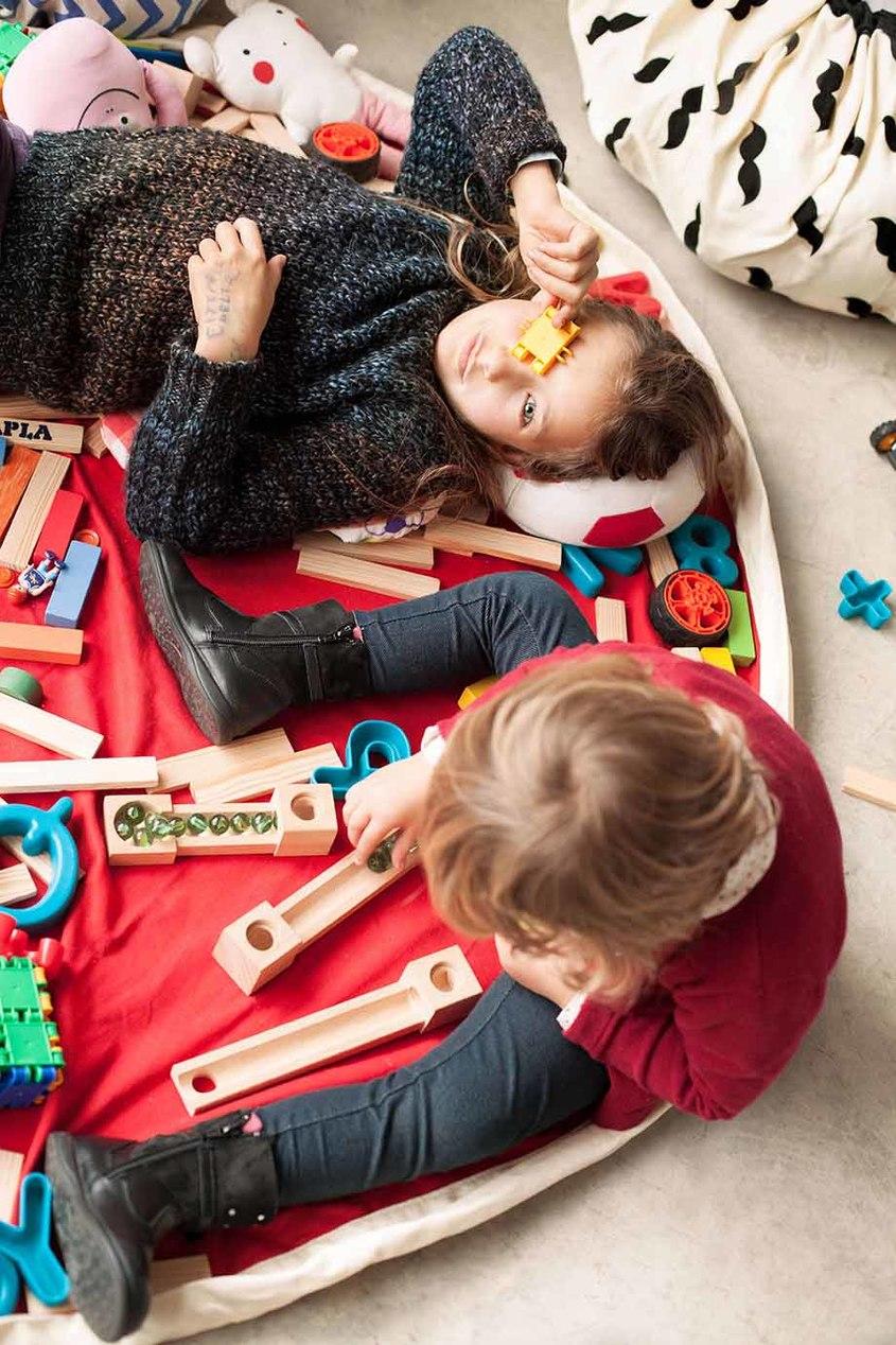 Play&Go Игровой коврик и мешок для игрушек hasbro play doh игровой набор из 3 цветов цвета в ассортименте с 2 лет