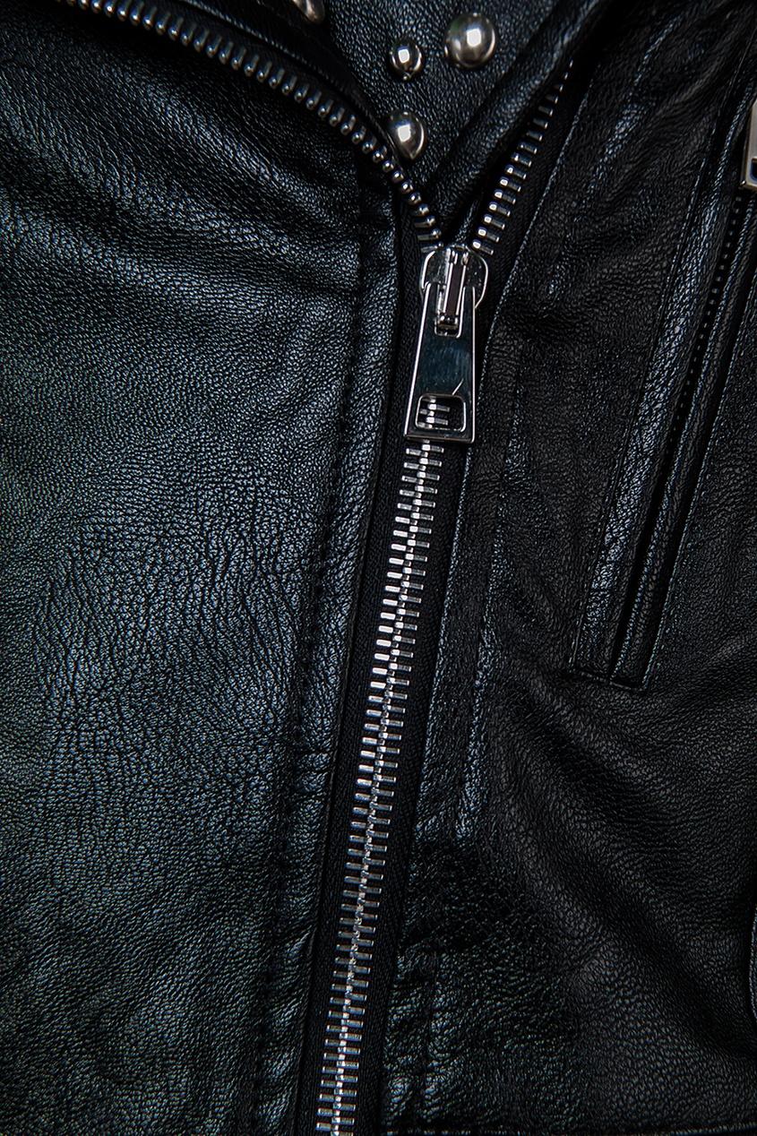 Куртка с отделкой шипами