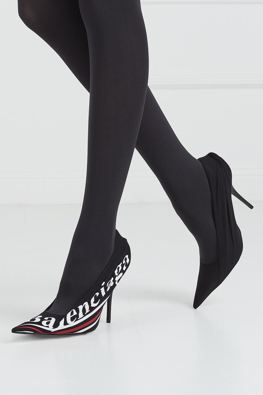 Туфли с логотипом