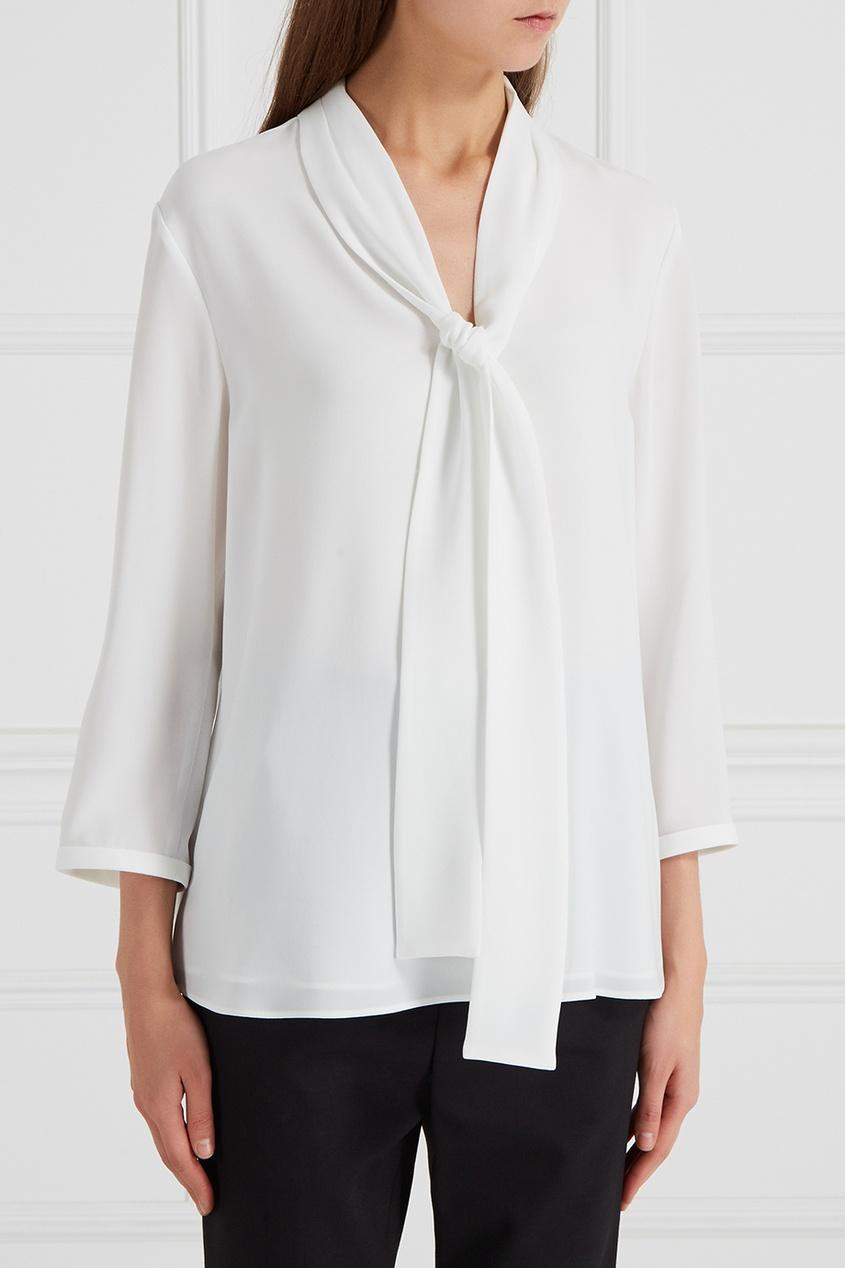 Блузка с шарфом