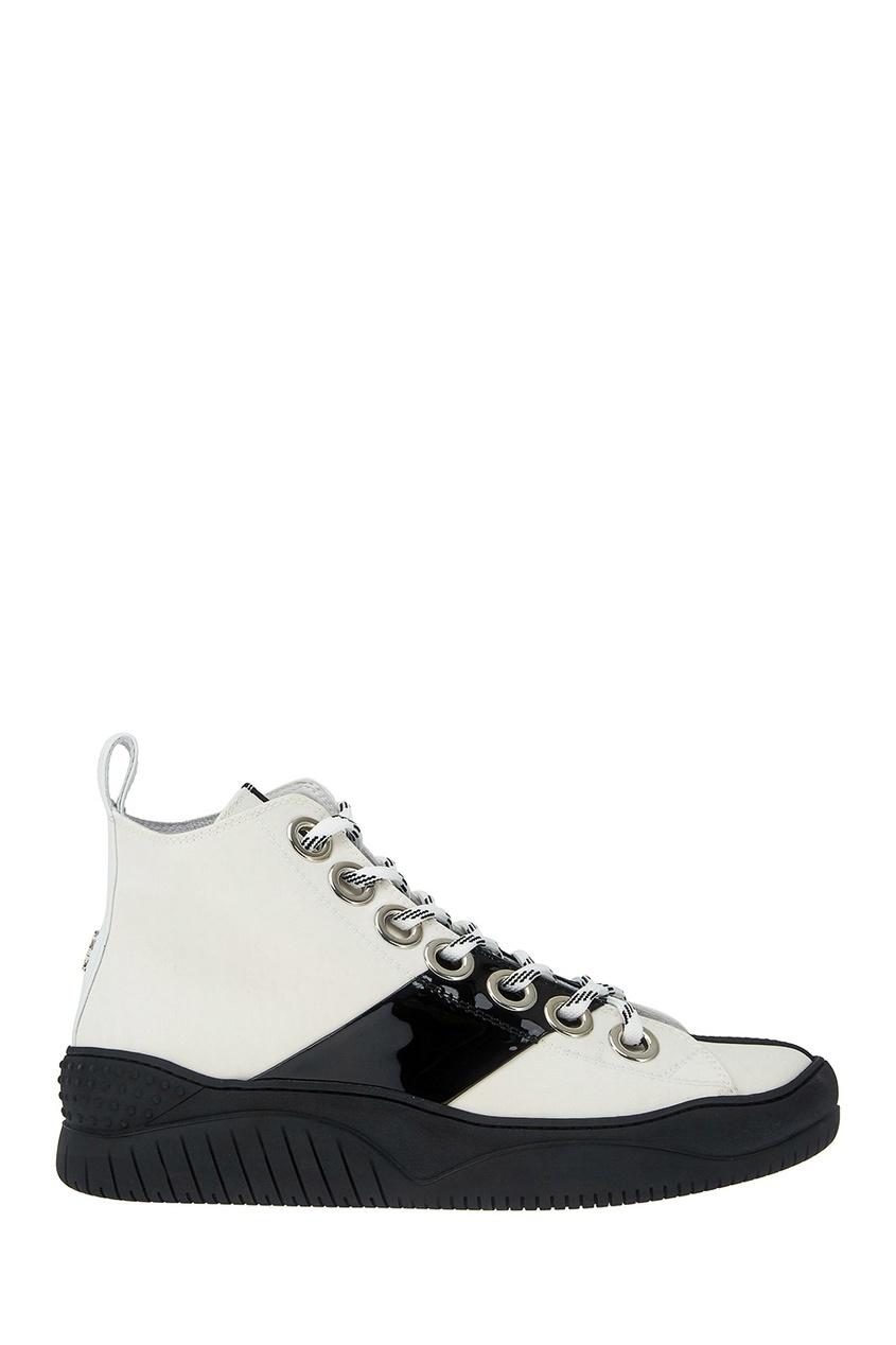 Купить со скидкой Ботинки с контрастной подошвой