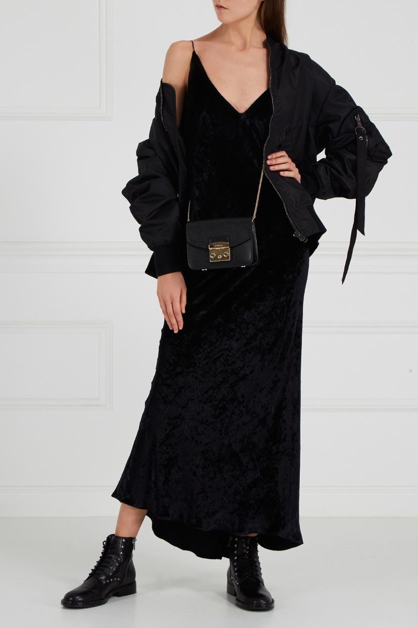 Черное платье из панбархата