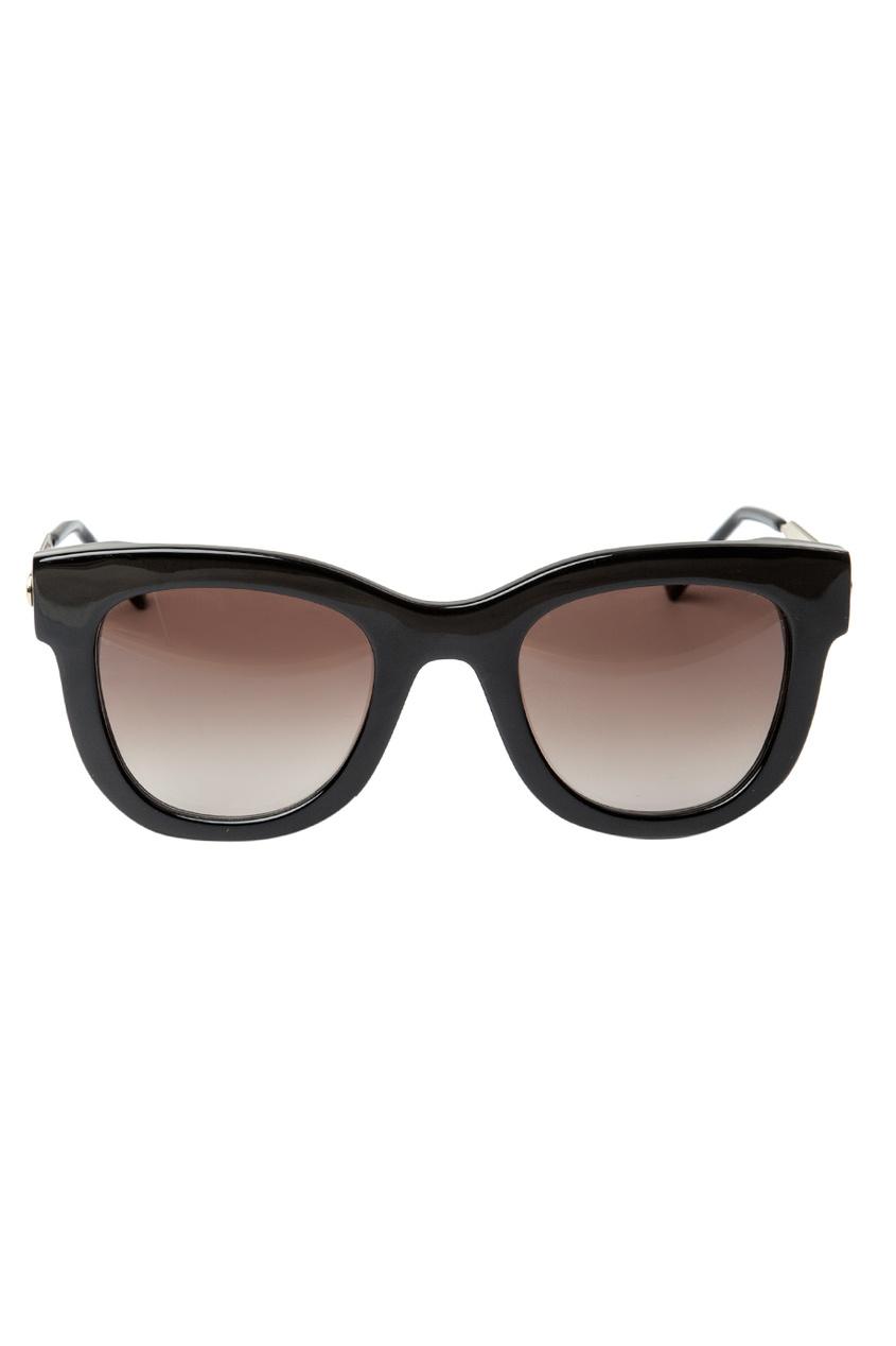 Солнцезащитные очки в черной оправе Sexy