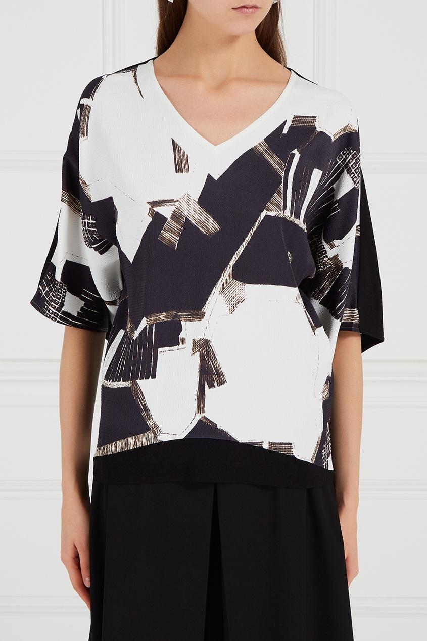Блузка с абстрактным принтом
