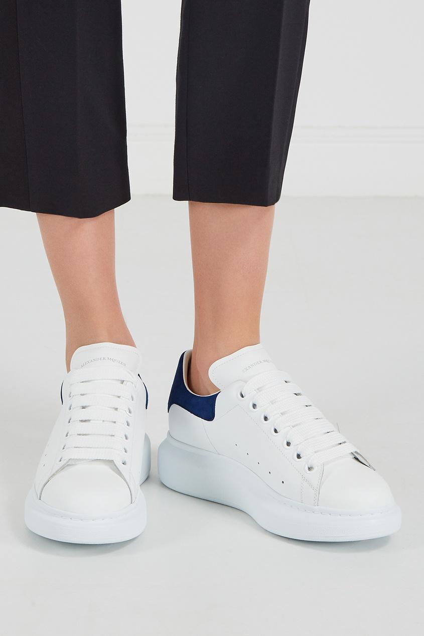 Alexander McQueen Кожаные кроссовки с синей вставкой