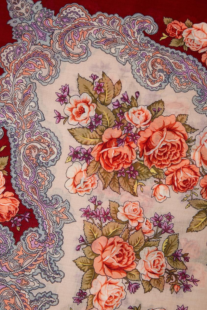 Бордовый платок с розами