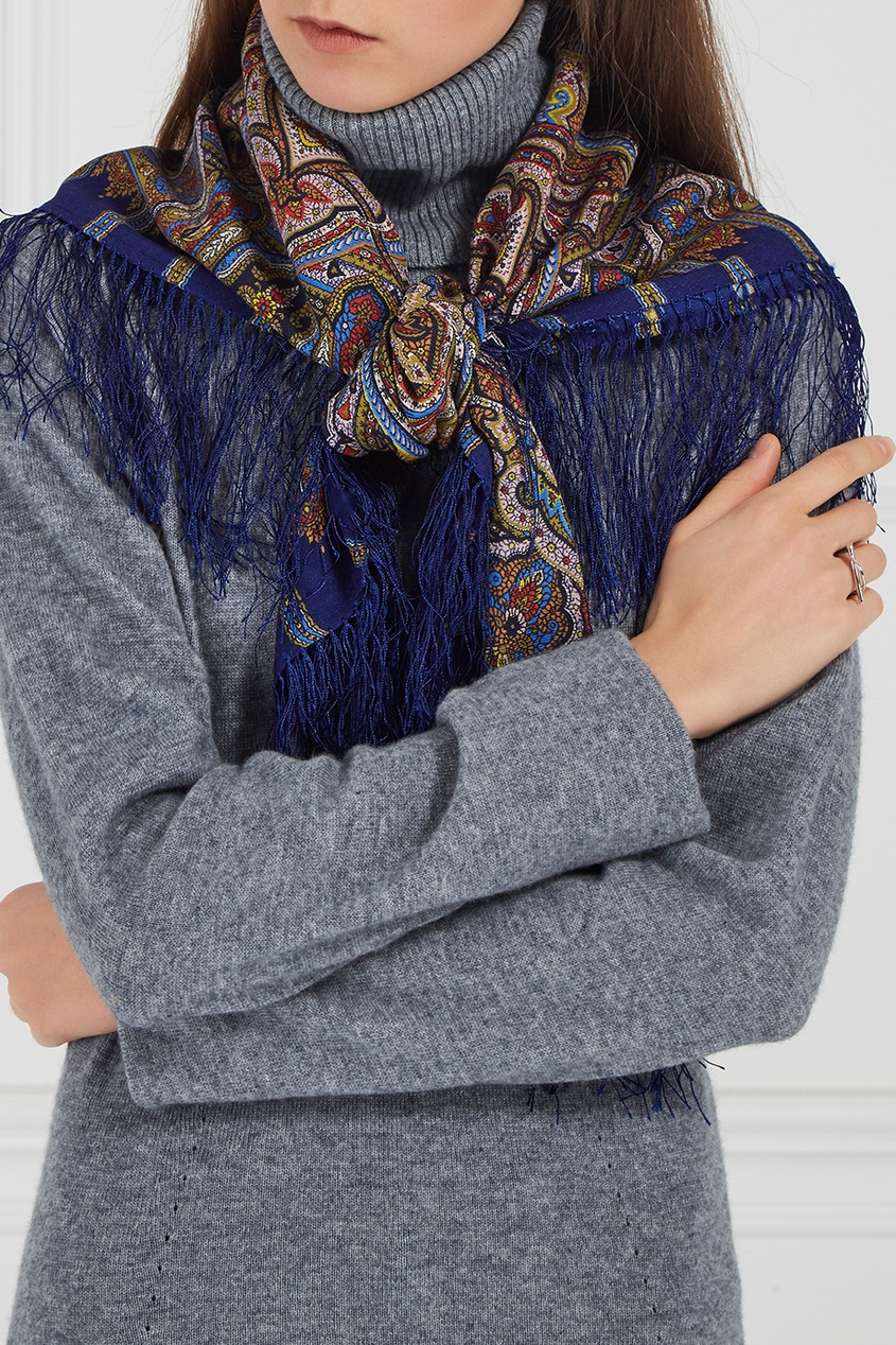 Синий платок с восточным орнаментом