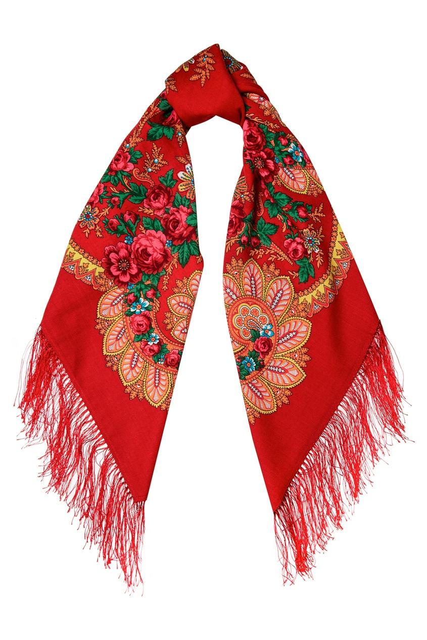 Красный платок с розами