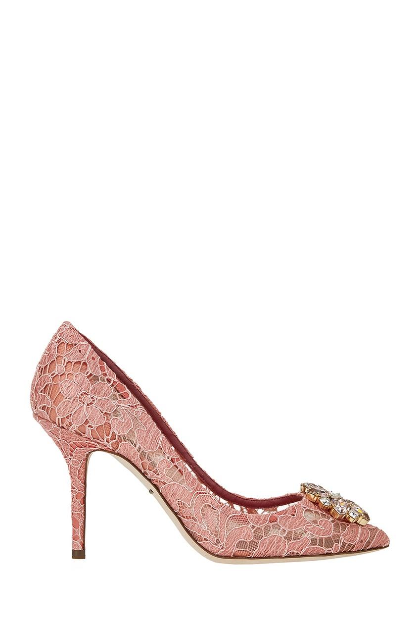 Розовые кружевные туфли