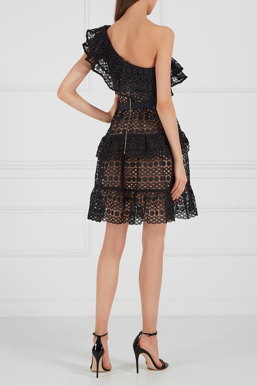 Кружевное платье на одно плечо