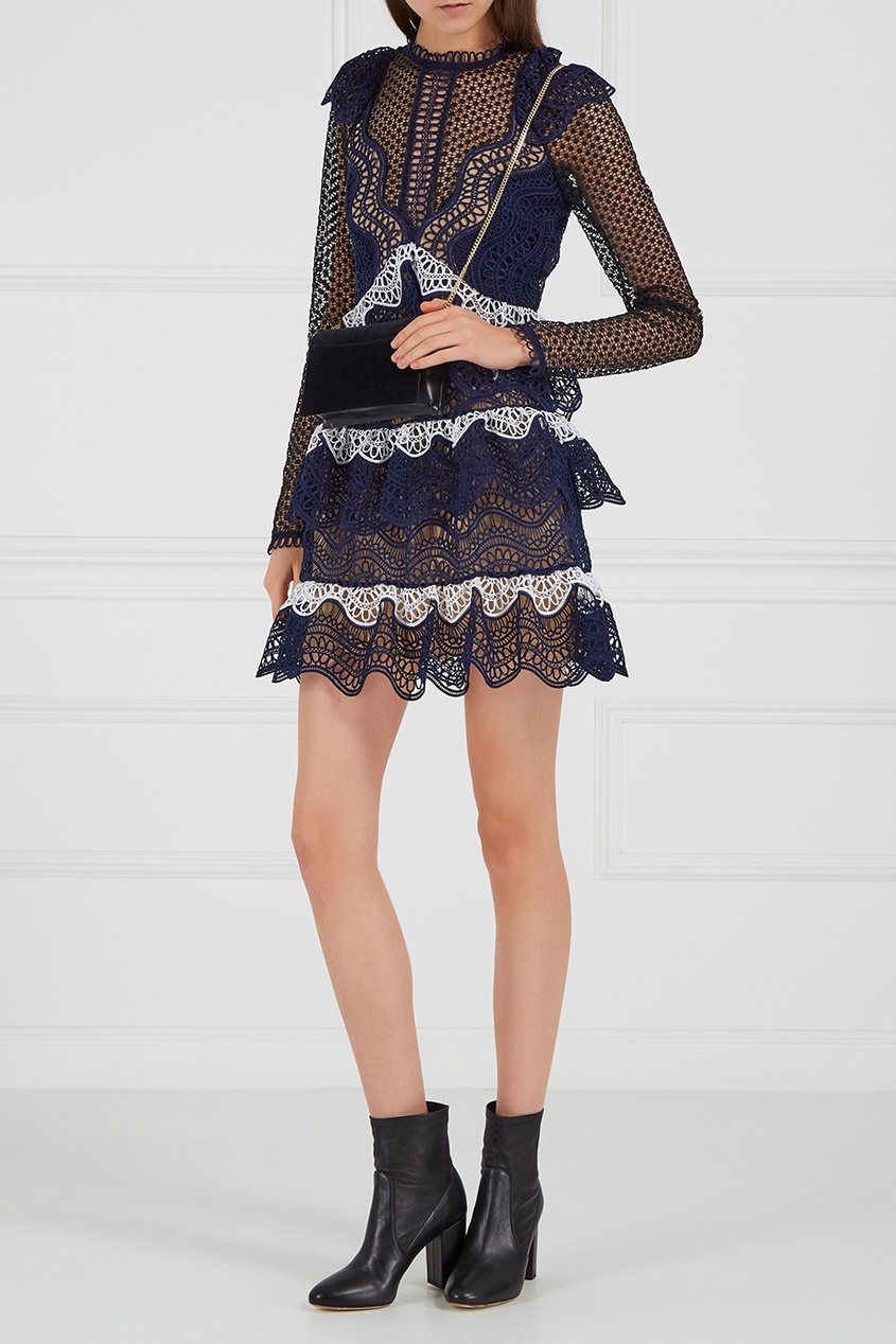 Платье из кордового кружева
