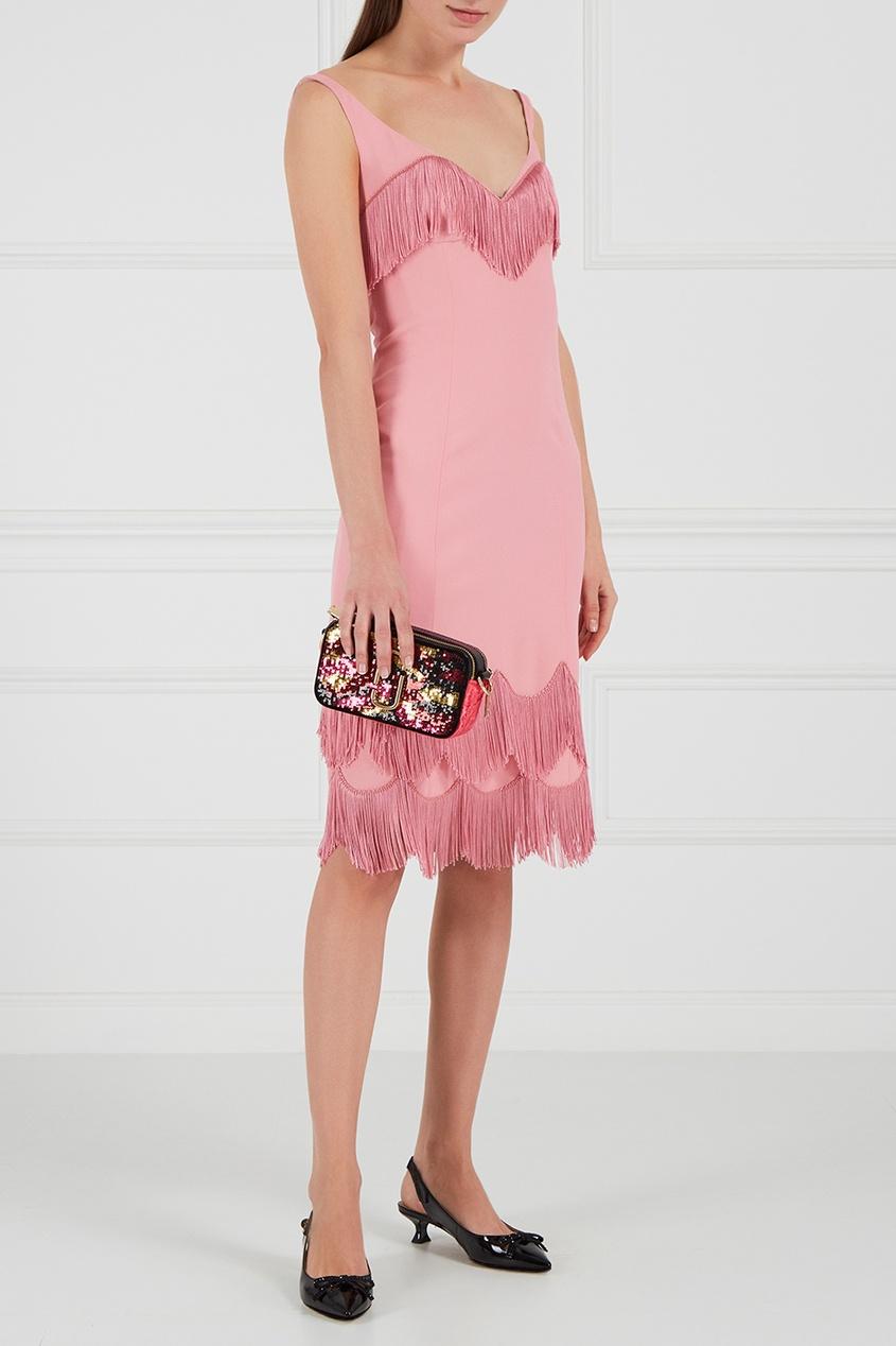 Розовое платье с бахромой