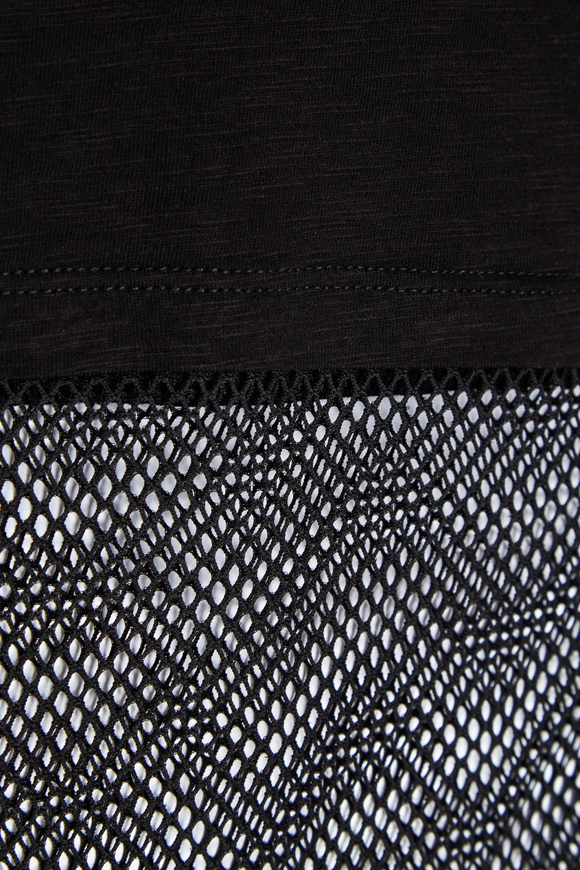 Черная футболка с сеткой