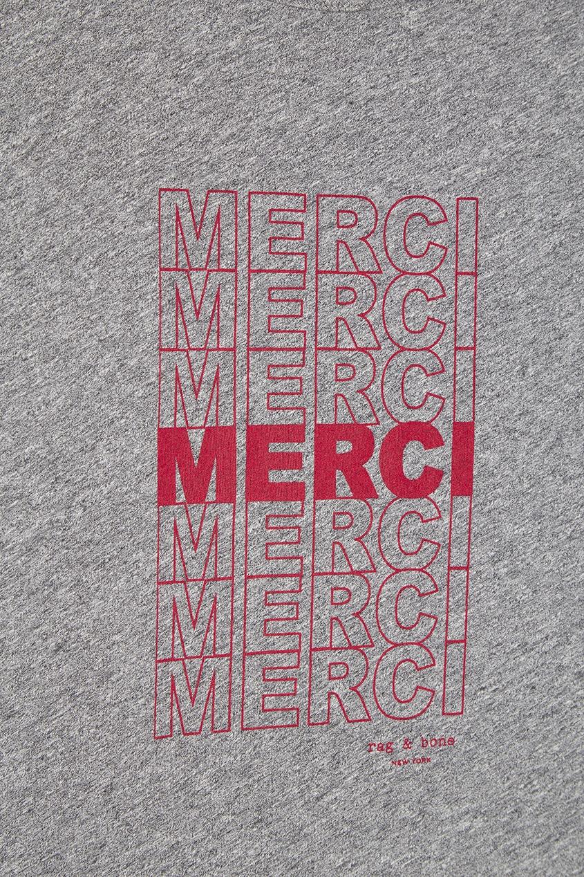 Серая футболка с надписями