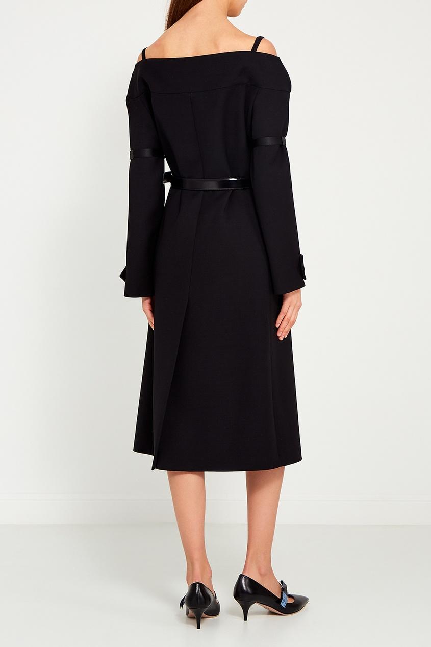 Prada Черное пальто с открытыми плечами prada черное пальто с меховой отделкой