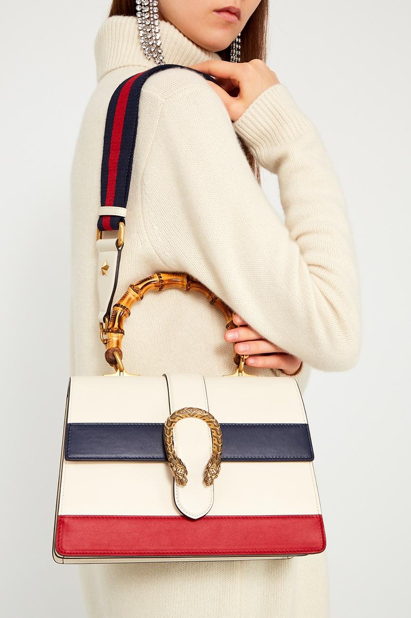 Фото 2 - Кожаная сумка Dionysus от Gucci белого цвета