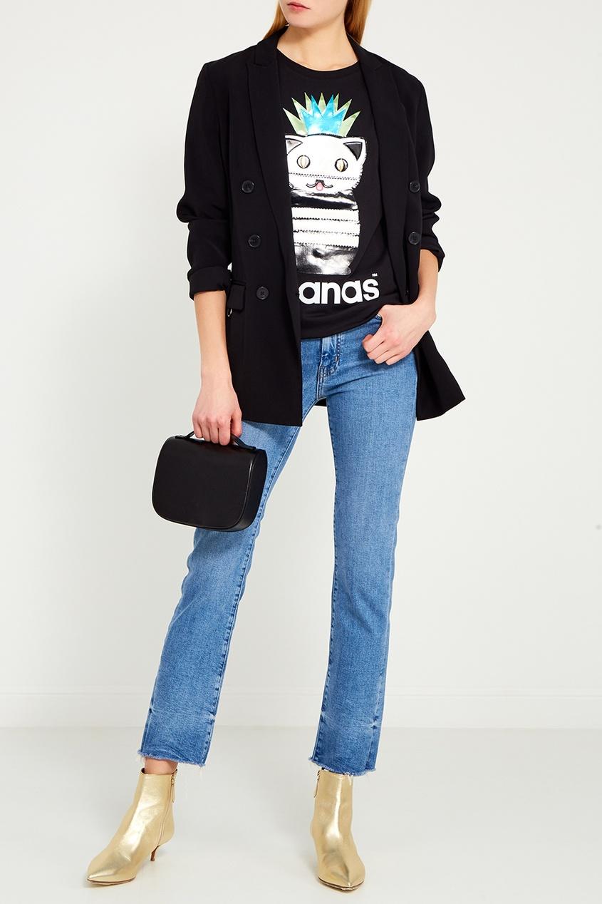Черная футболка с ламинированными нашивками